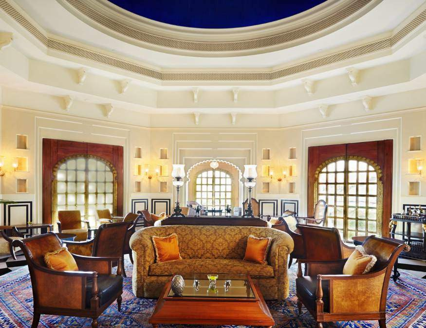 The Oberoi Udaivilas Bar - Rajasthan